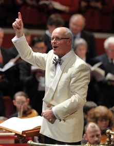 Brian Kay conducts upwards of 3,700 singers at 'Messiah from Scratch' in November 2010